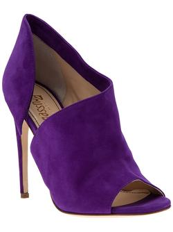 Purple heels sandals in suede